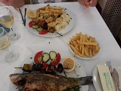Loggia Taverna Restaurant