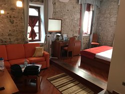 Sweet little hotel, great location