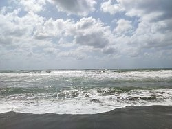 Mare in tempesta,Settembre a Capalbio