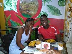 Clientes satisfechos. #restaurante #tipico #quibdo #comida.