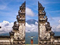 Puri Bali Tour