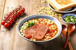 蕃茄腸仔午餐肉通粉 + 烤吐司
