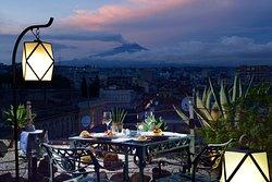 Terrazza panoramica, esterna, vista città e Etna