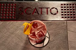 Scatto Cocktail Club