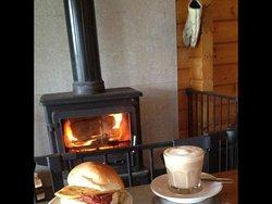 Cozy breakfast 🍳