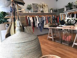 Visit PAYA boutique while in Airlie Beach, Whitsundaysand shop for women's clothing and accessories as well as homwares and gifts.
