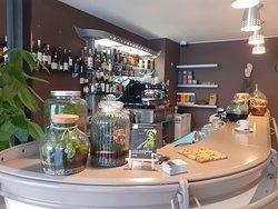 Comptoir du bar restaurant les Herbes Folles