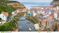 Love Staithes and love the beach