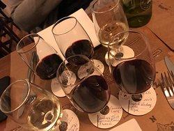 Vinho e petiscos
