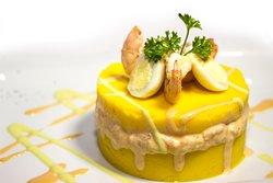 Causa de Langostinos <<Los mejores platos criollos y marinos solo en La Revancha Restaurante>>