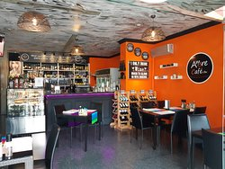 Amore Cafe & Bar