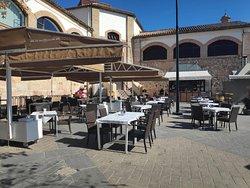 """Cafeteria Restaurante """"El Mercado"""""""