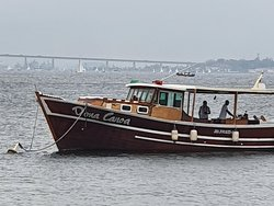Barco preparado e pontualmente ancorado aguardando a nossa chegada.