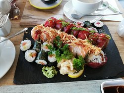Awesome sushi, great service