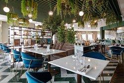 Mesdames, Messieurs,  Votre restaurant Bella Vita s'est permis de se refaire une beauté...   Enjoy
