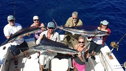 Grand Slam Sportfishing Haleiwa Hawaii - The most luxurious & biggest boat in Haleiwa! The Grand Slam stands out from the rest with spacious areas including a bathroom. The Grand Slam Captained by Captain Hopper has the experience to hit a Grand Slam fishing!! Book your trip now!