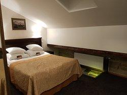 Hybrid Hotel-Day Spa