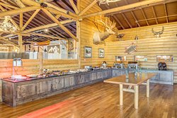 Huntington House Tavern