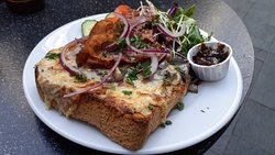 Lunch: Welsh rarebit special with creamy garlic mushrooms and bacon
