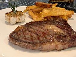 rib eye steak. very juicy!