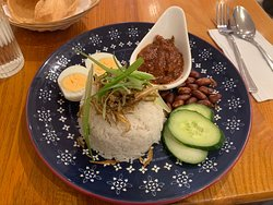 Warisan Cafe, the taste of Malaysia.  190 Sussex Gardens. London W2 1TU