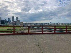 展望台からの眺め(この方向正面に富士山が見えるらしい)