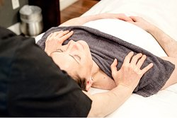 Whatever you need to restore your body and mind, from body scrubs and RMT to Hydrafacials and manicures, our spa therapists provide an unforgettable experience in a welcoming setting in Whistler Creekside.