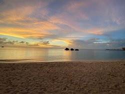 美麗夕陽的海灘