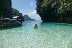 Perfekte private 4-Island Tour mit dem Longtailboot