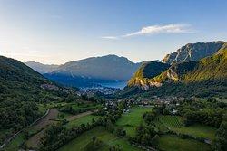 Vista sul Garda Trentino, ripresa da Tenno,