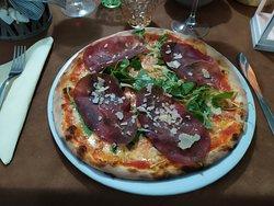 La Valtellina, pomodoro, fiordilatte, bresaola, rucola, grana