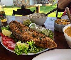 Peixe frito, arroz e pirão, simples assim!!!