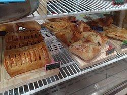 Salgados foleados, pasteis de forno