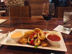 The best pizza in town. Calamari Fritti and Shrimp fritti as appetizer. Just perfect.