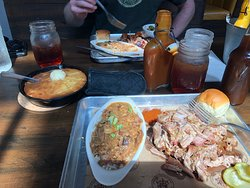 Pulled pork and the fixins