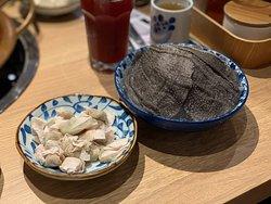 ⭐️推薦❗️特式迷你燕餃($38/半份) 餃子皮薄,內餡係豬肉和香菜, 細細粒,幾有口感!