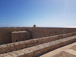 Vue sur intérieur du fort
