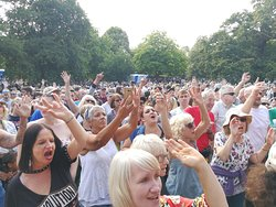 We want more! The crowds can't get enough of their favourite band, Soul Kitchen!