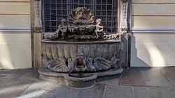 Dinglinger fountain