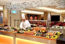 Seafood counter Carousel Royal Plaza on Scotts