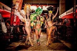 Shake it, baby! - Latin Party & Samba Show - Every Saturday!