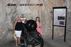 A Siege cannon, it is a real walk back into history.