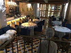Un lugar donde la elegancia y el buen gusto se reúnen con la calidad en un ambiente insuperable