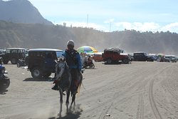 Take a horse to reach Bromo crater