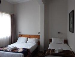 Boer & Brit family unit bedroom