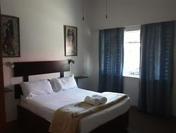 Boer & Brit Self Catering double-bed unit bedroom