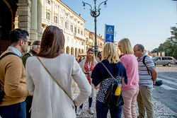the meeting point in piazza Bra with your local guide