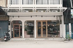 New coffee shop in town near china town area can walk from china town and market. Have good breakfast and coffee.
