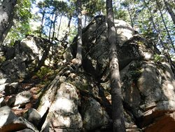 Really tall boulders, Llewelyn Trail