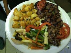 Ribeye Steak with Garlic potato and Vegetables